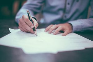 10 aspectos a tener en cuenta antes de firmar un documento de Consentimiento Informado